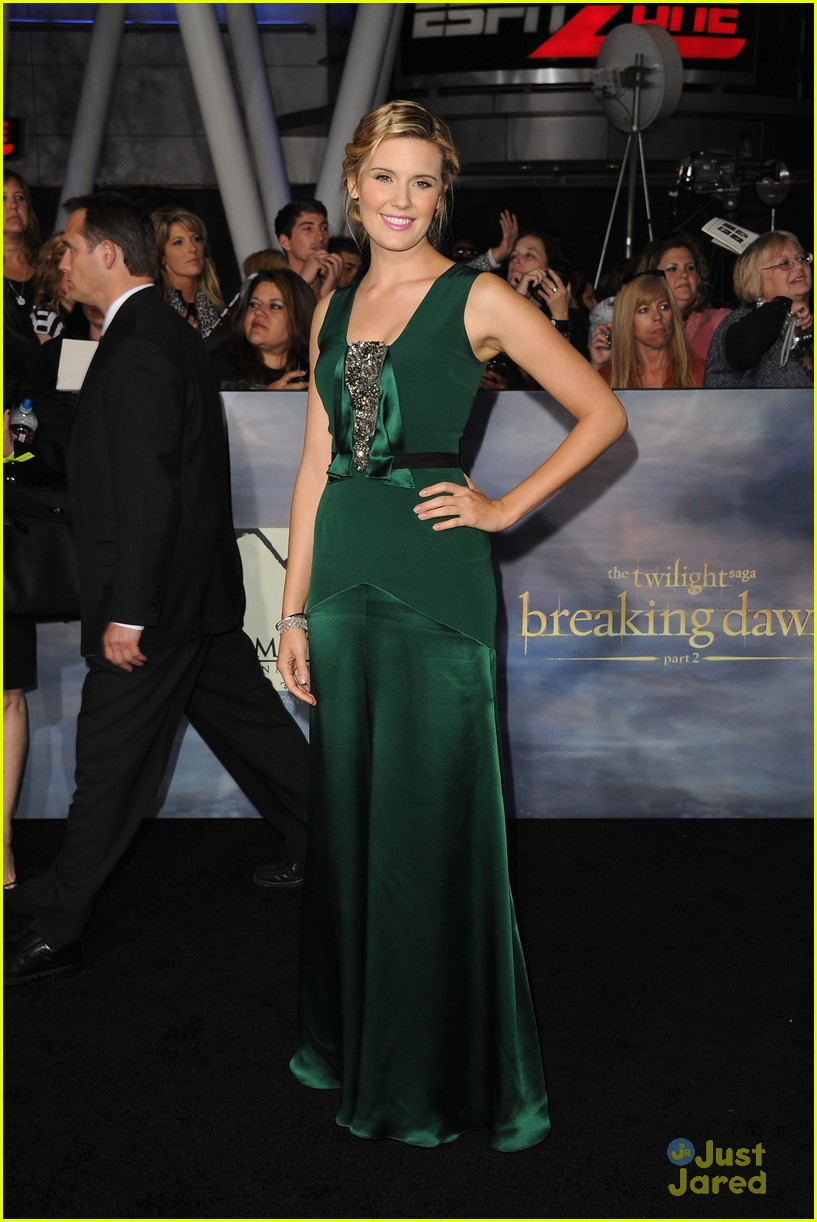 twilight breaking dawn best dressed poll 23