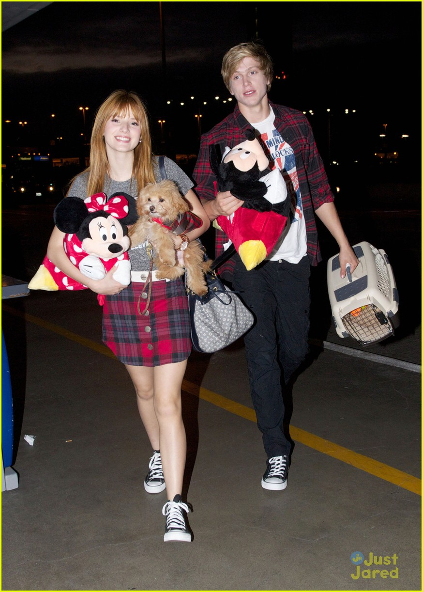 bella thorne tristan klier chicago 08