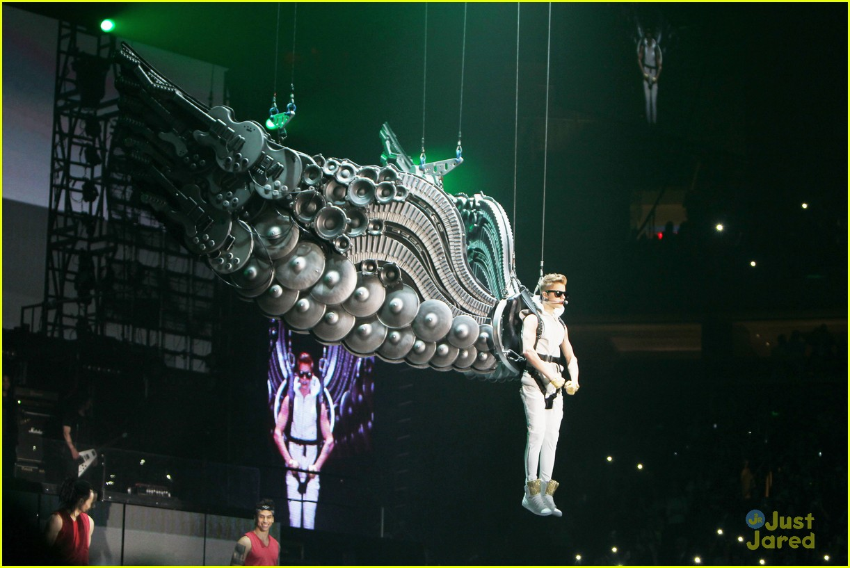 Justin Bieber Madison Square Garden Concert Pics Photo 513265