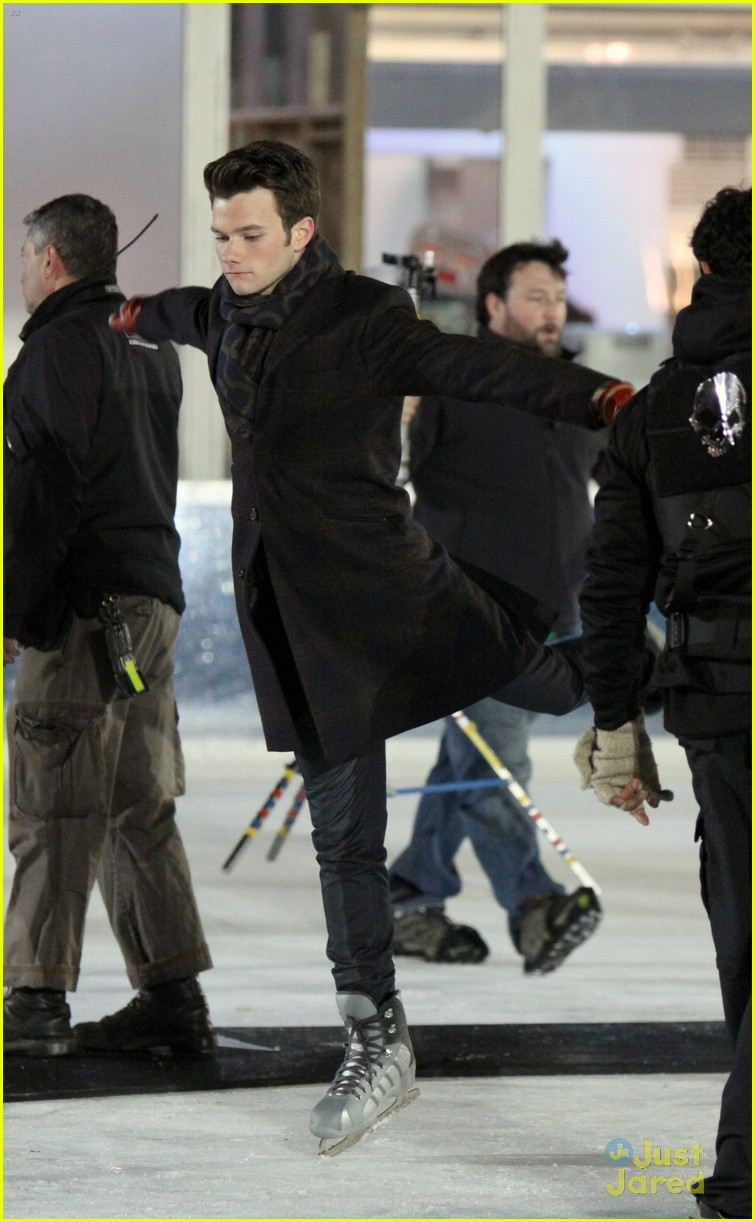 chris colfer darren criss ice skating 02