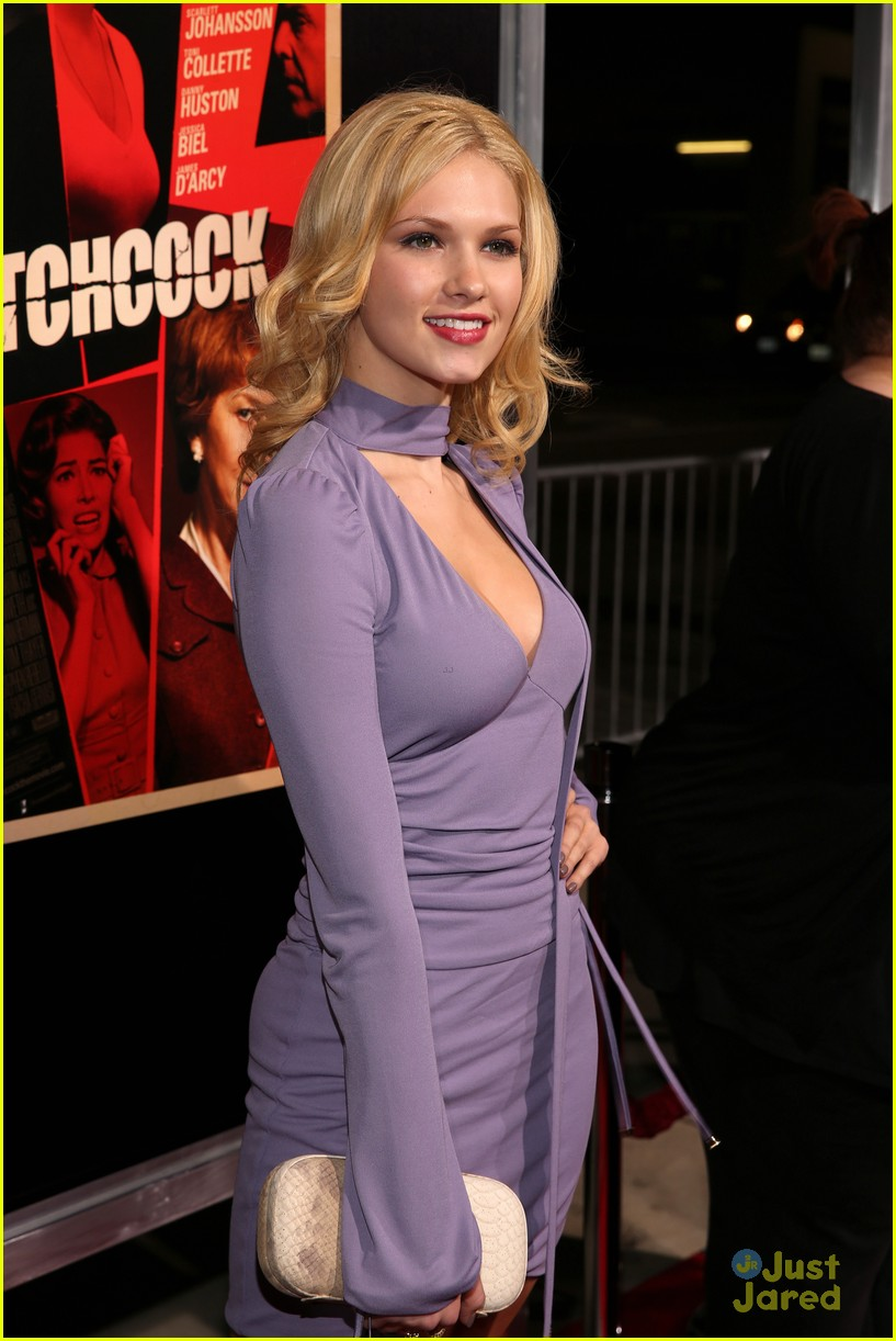claudia lee hitchcock premiere 06