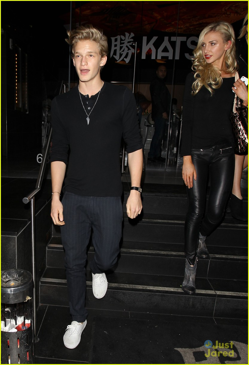 cody simpson katsuya dinner 08