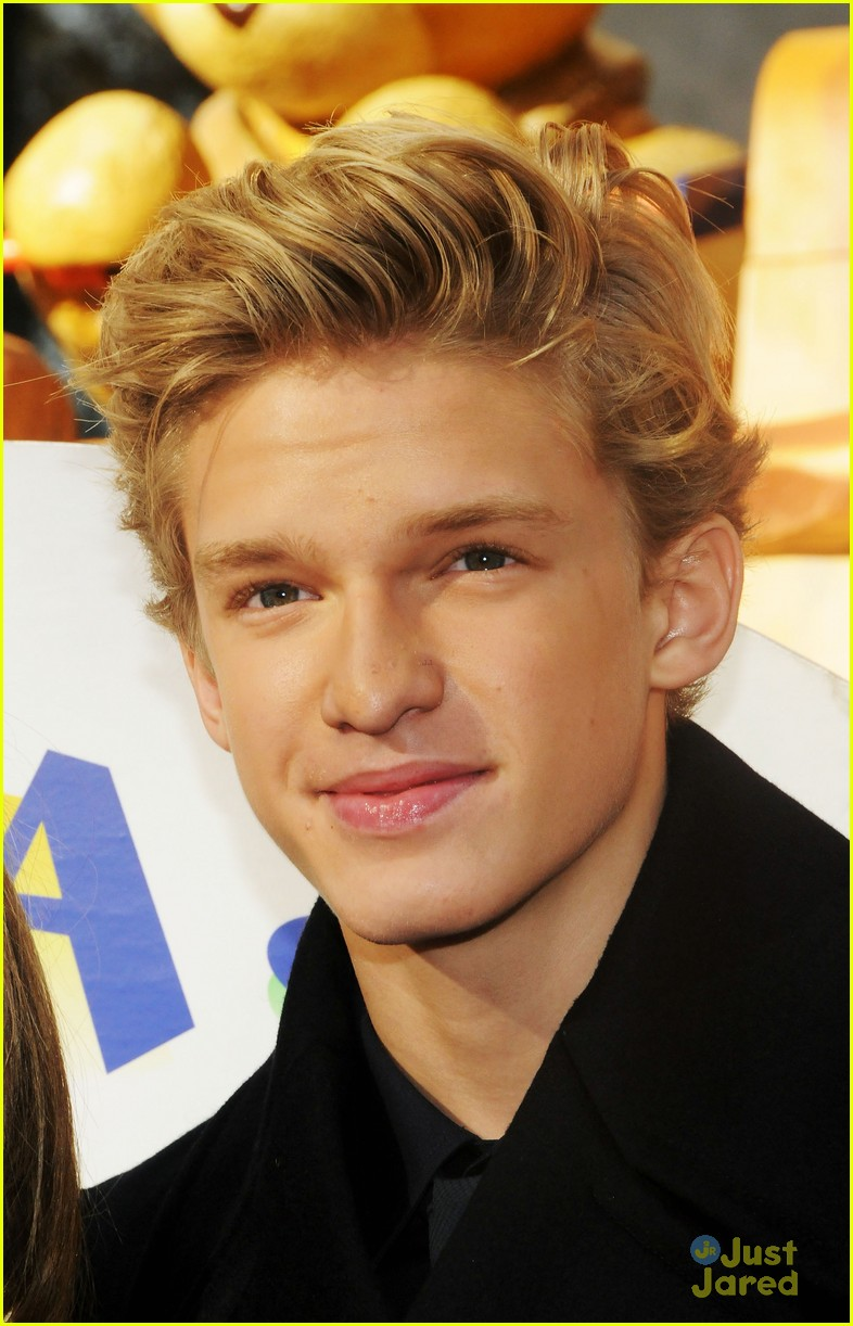 cody simpson macys parade 07