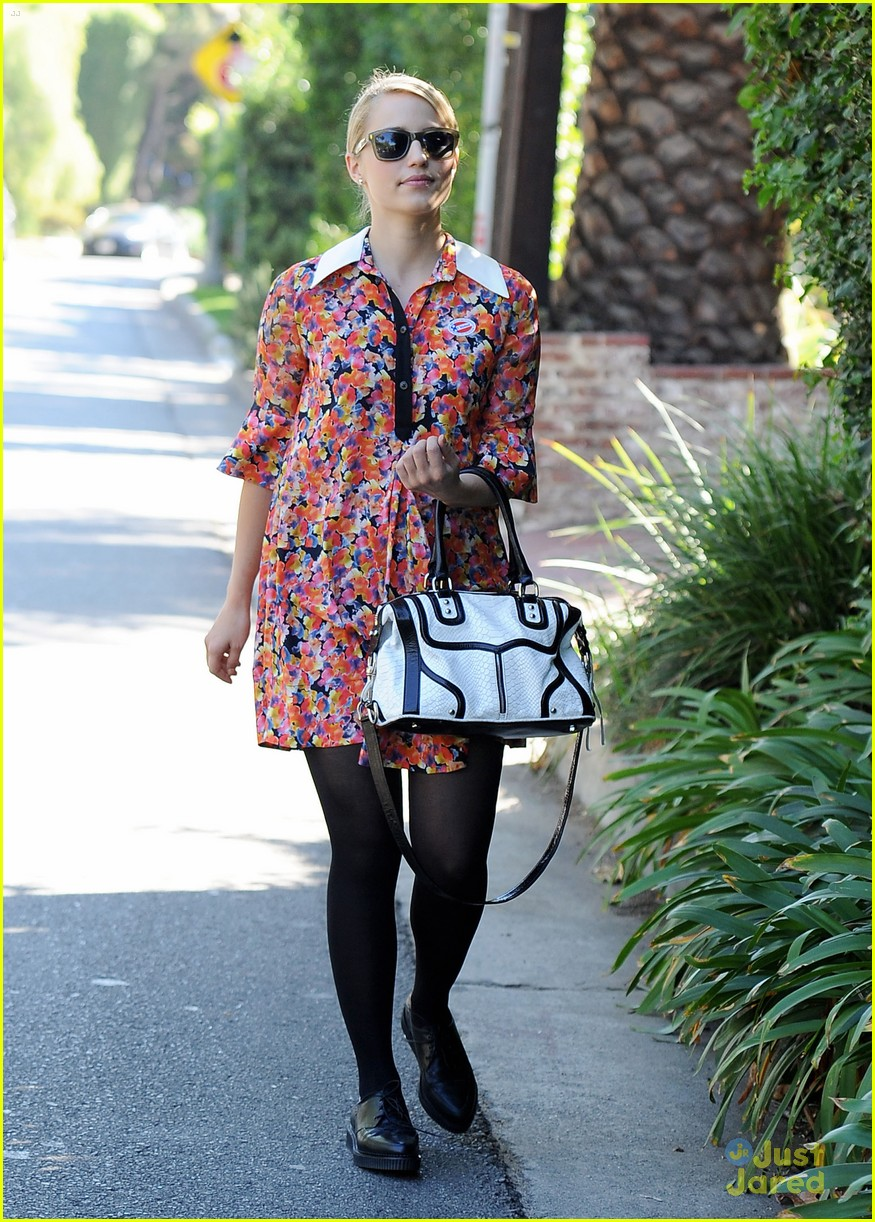 dianna agron vote sticker 19