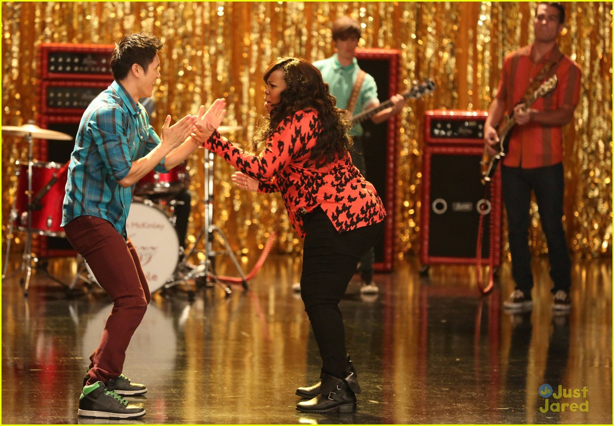 amber riley harry shum jive glee 02