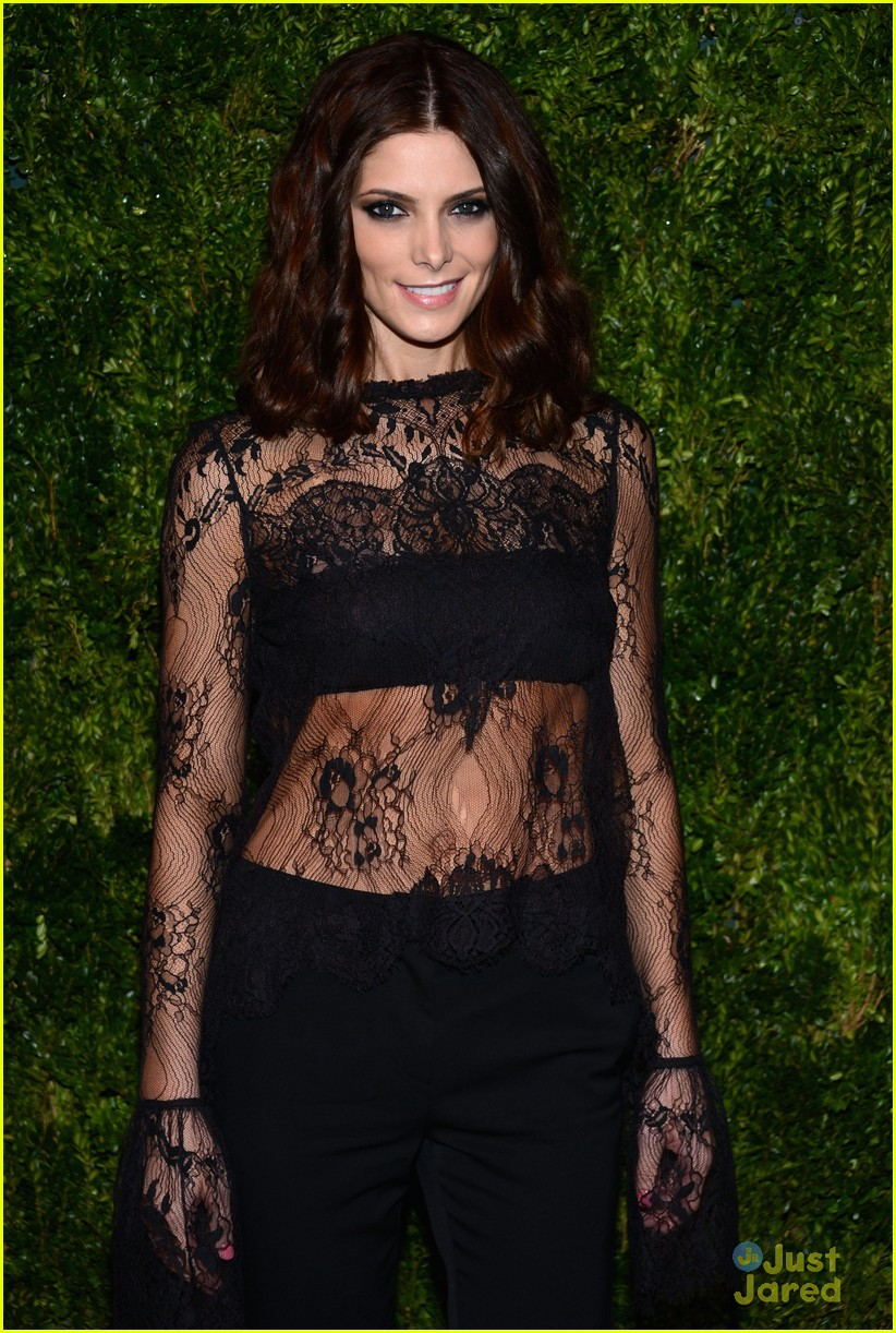 ashley greene cfda fashion fund awards 09