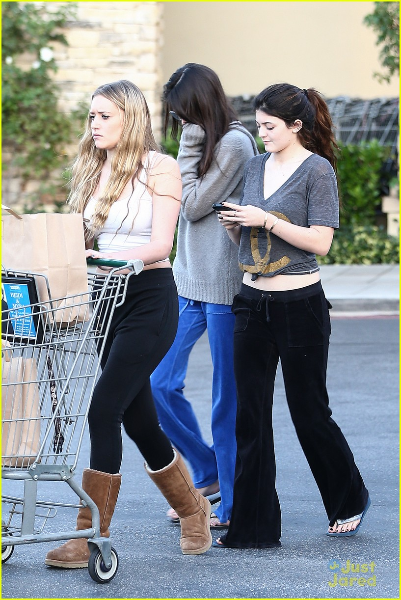 kendall kylie jenner grocery girls 10