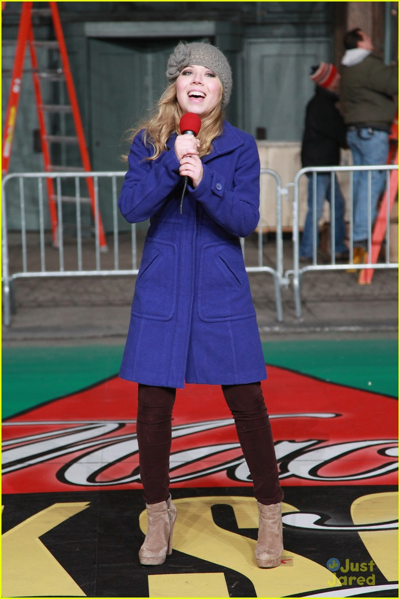 jennette mccurdy parade rehearsal 12