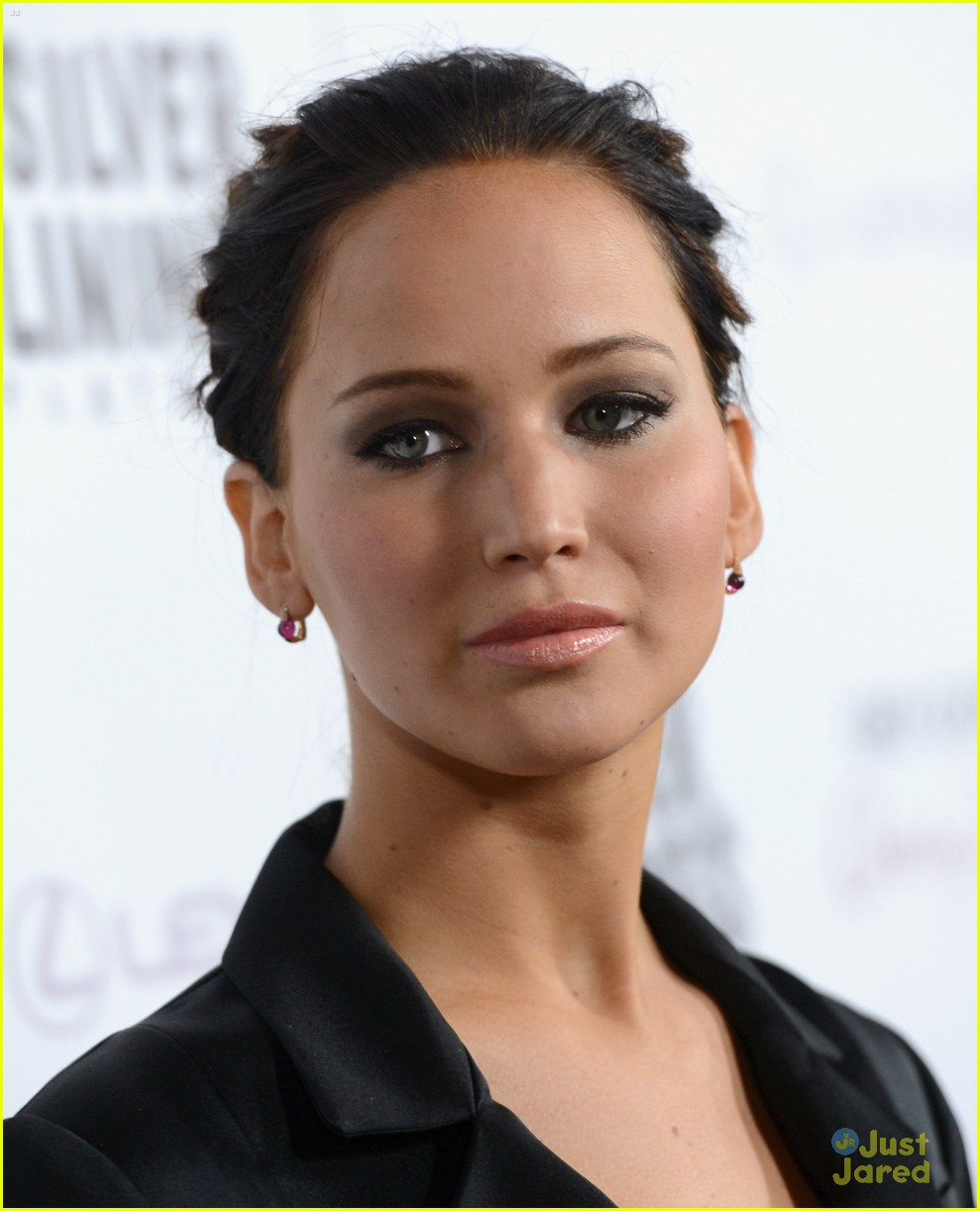 jennifer lawrence leno playbook premiere 17