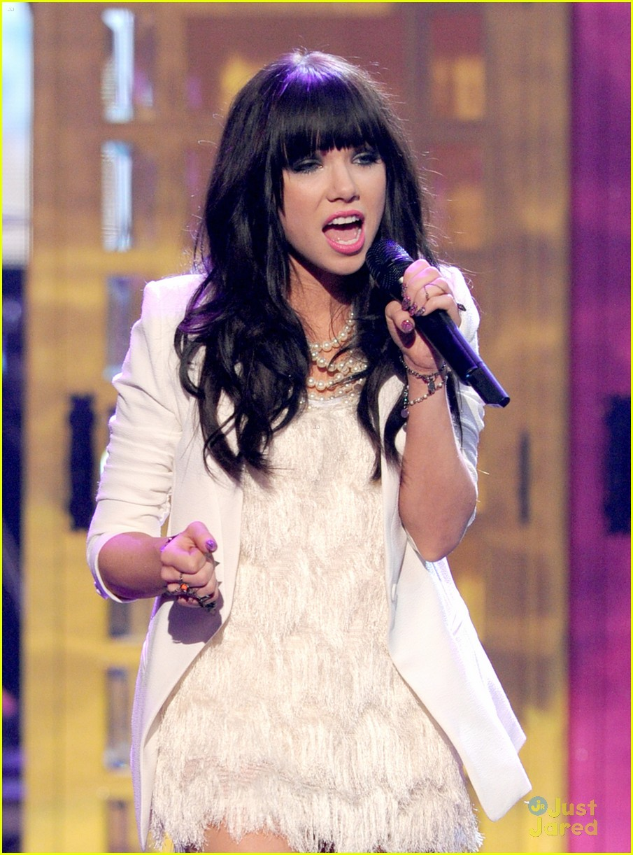 carly rae jepsen fave new artist 05
