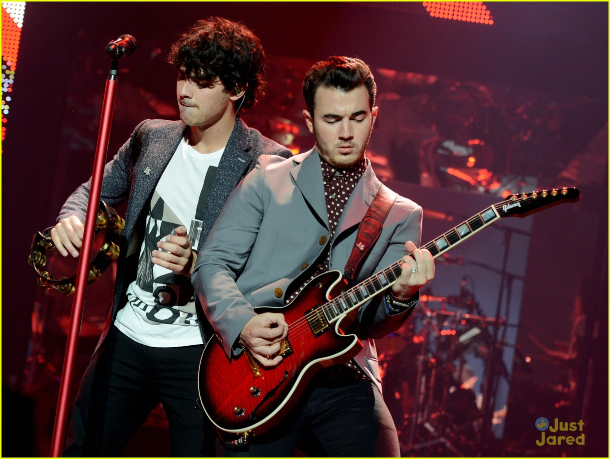 jonas brothers pantages concert 12