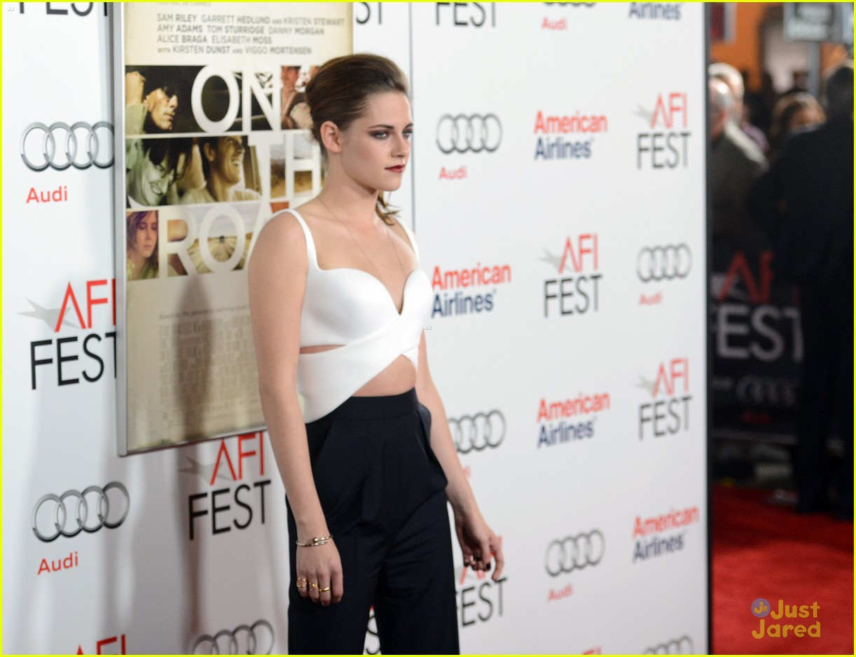 kristen stewart on road afi 04