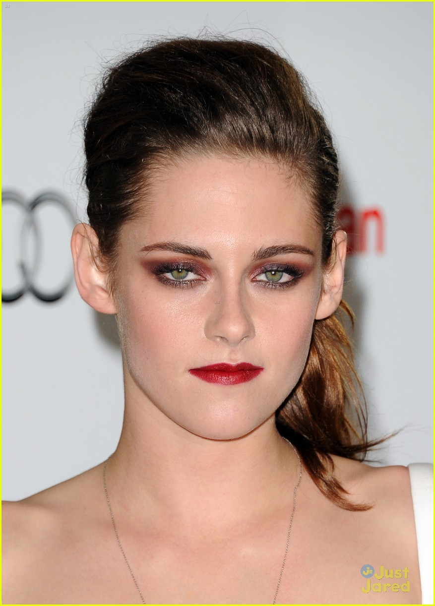 kristen stewart on road afi 06