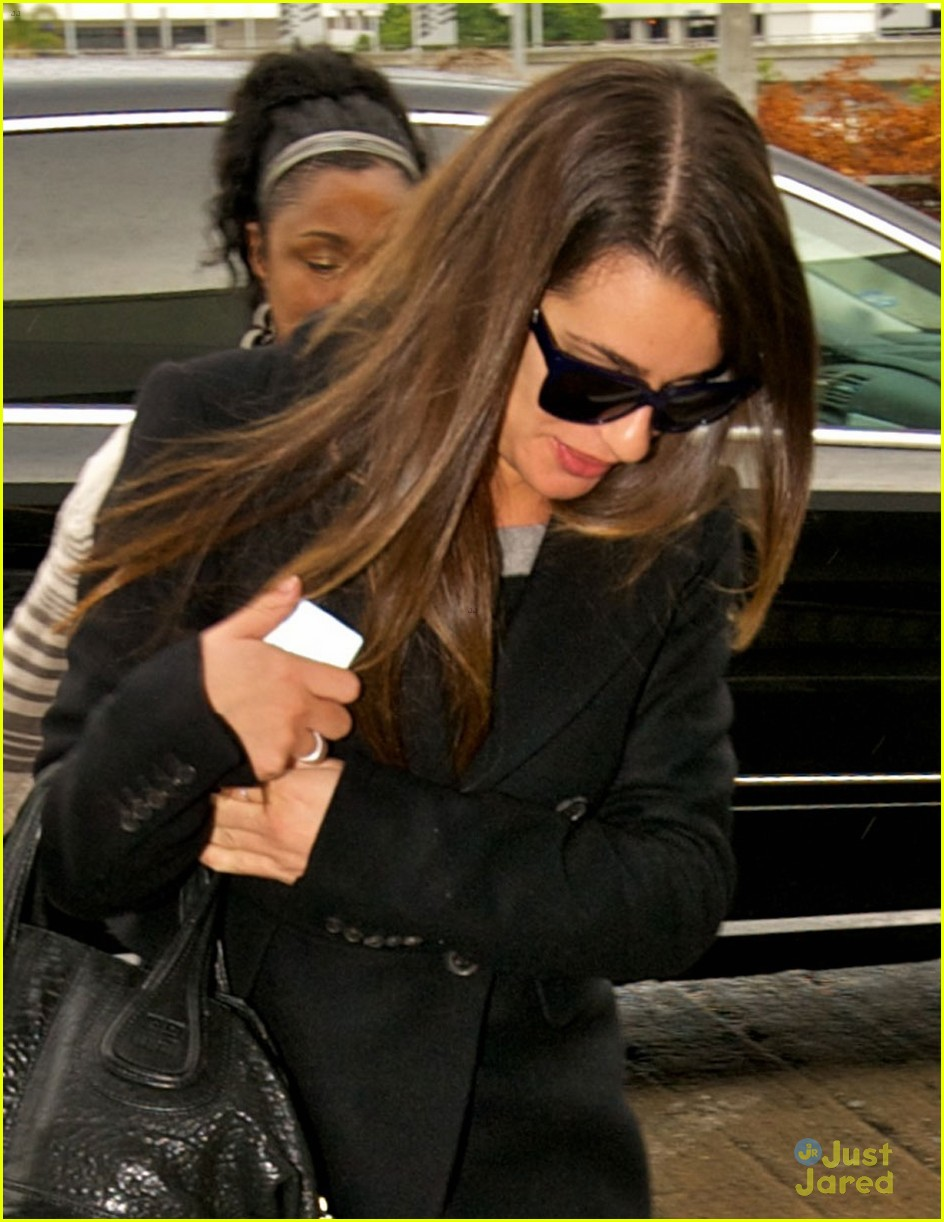 lea michele chris colfer jet to nyc for glee filming 02
