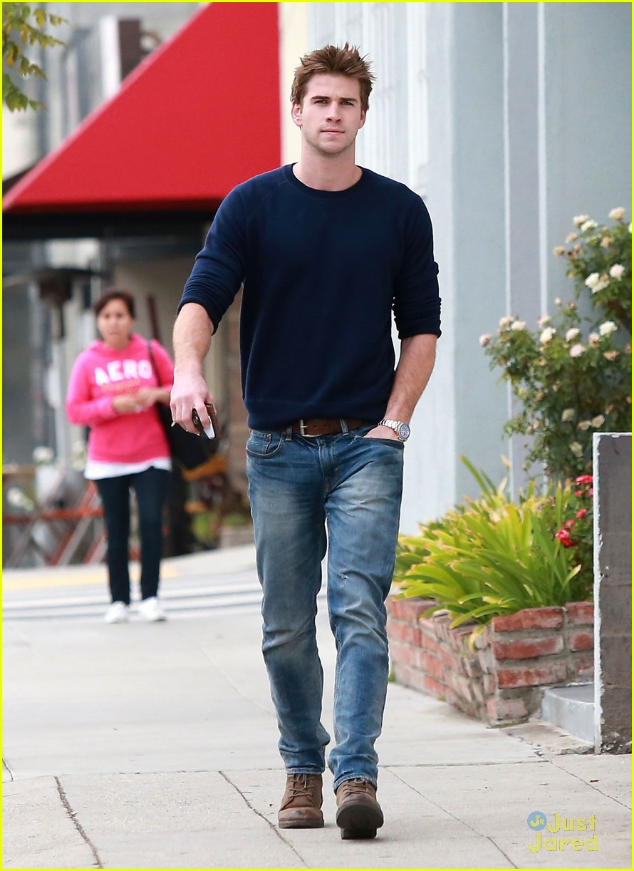 liam hemsworth pca nominee 10
