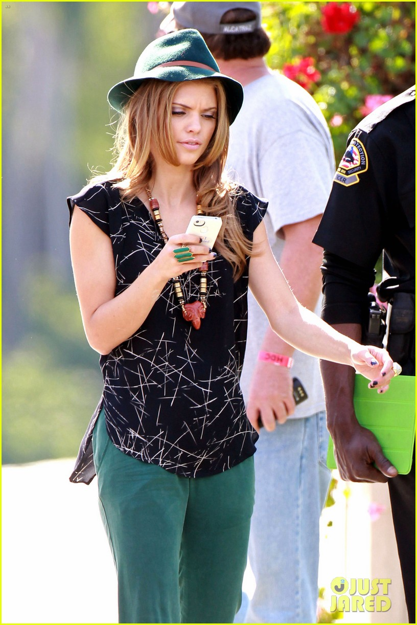 annalynne mccord 90210 break 07