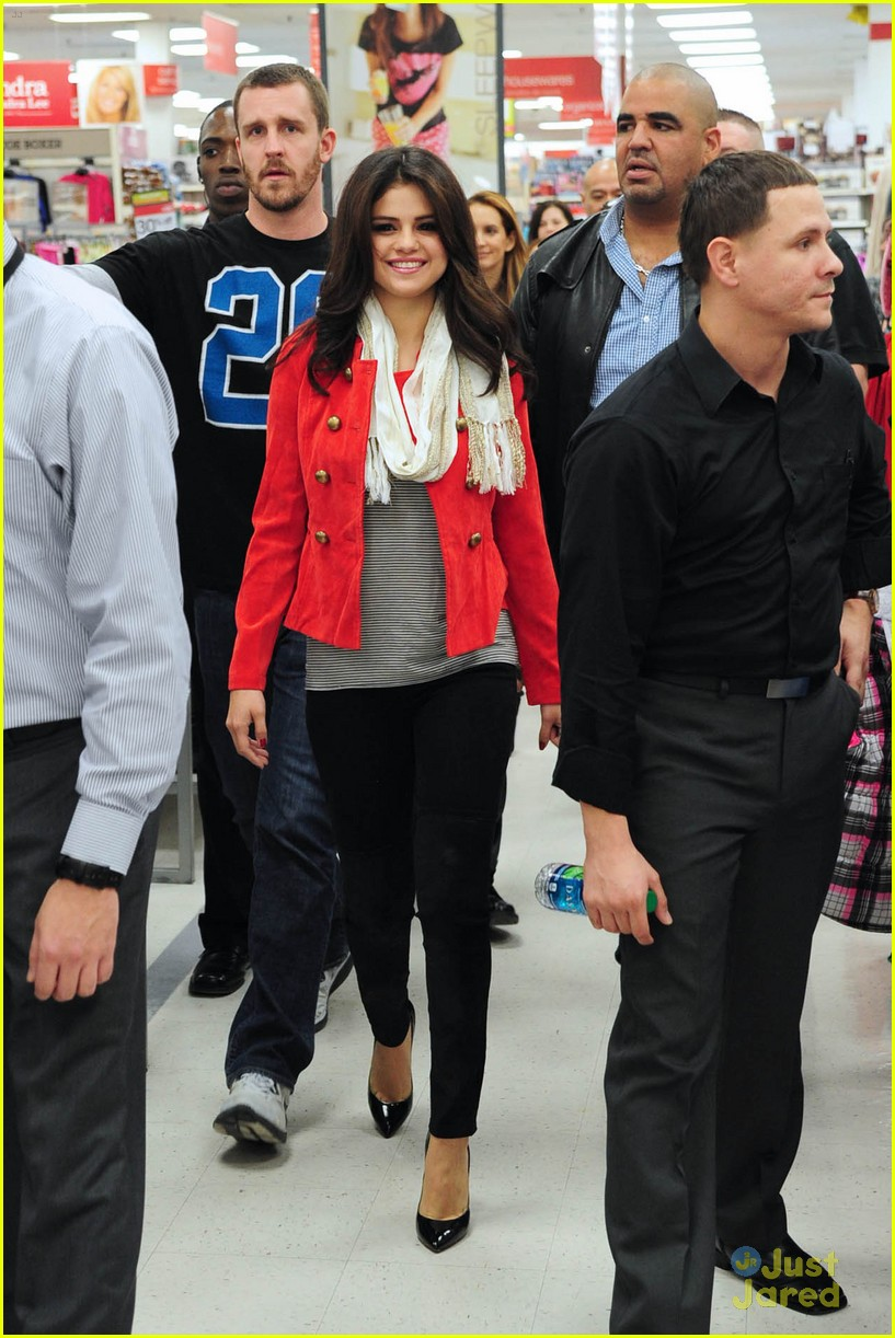 selena gomez kmart white plains 06