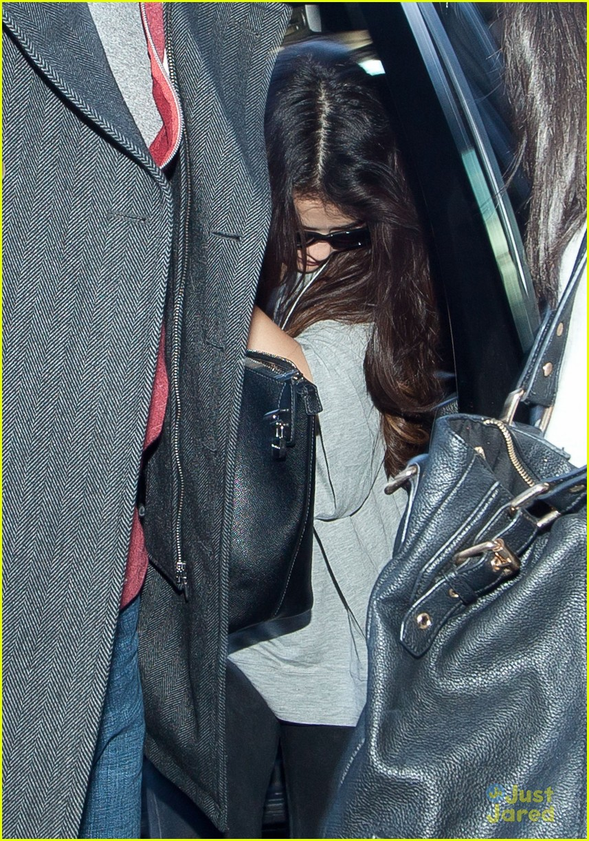 selena gomez flight post justin bieber split 06