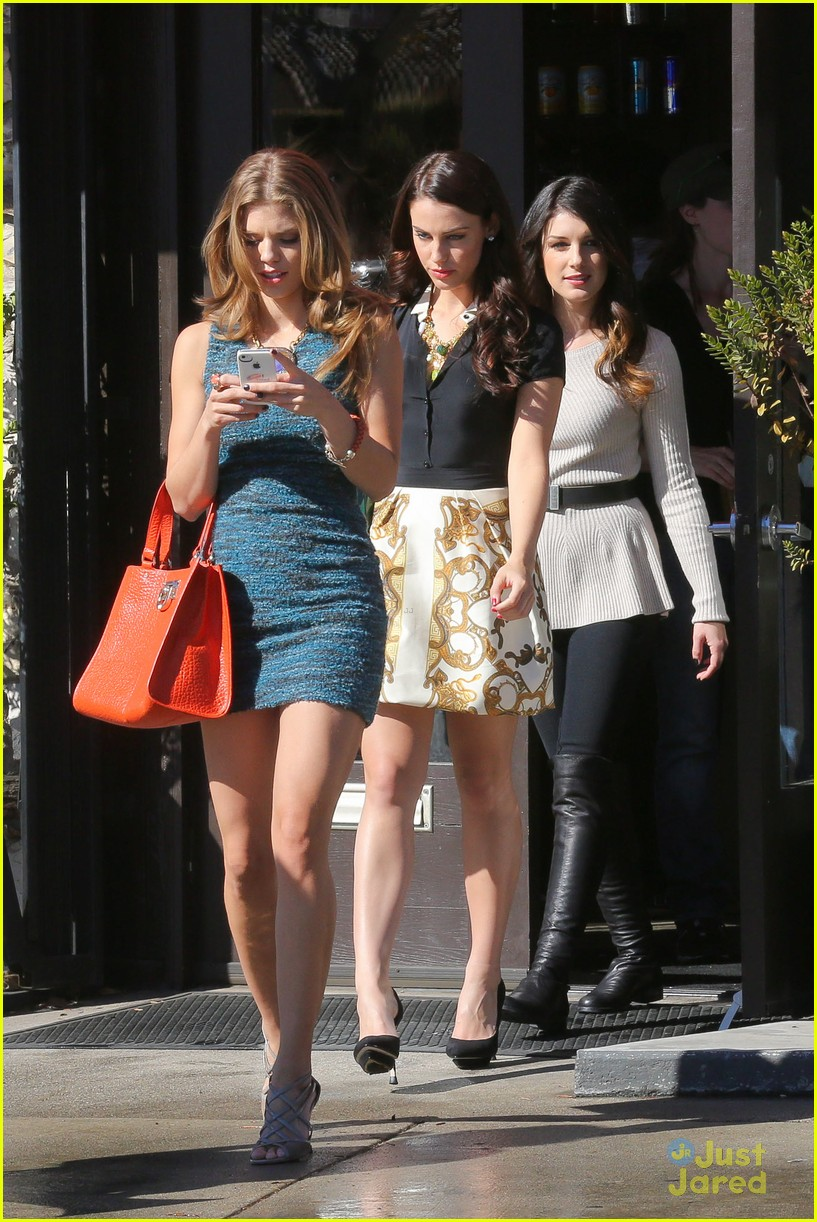 shenae jessica annalynne 90210 filming 11