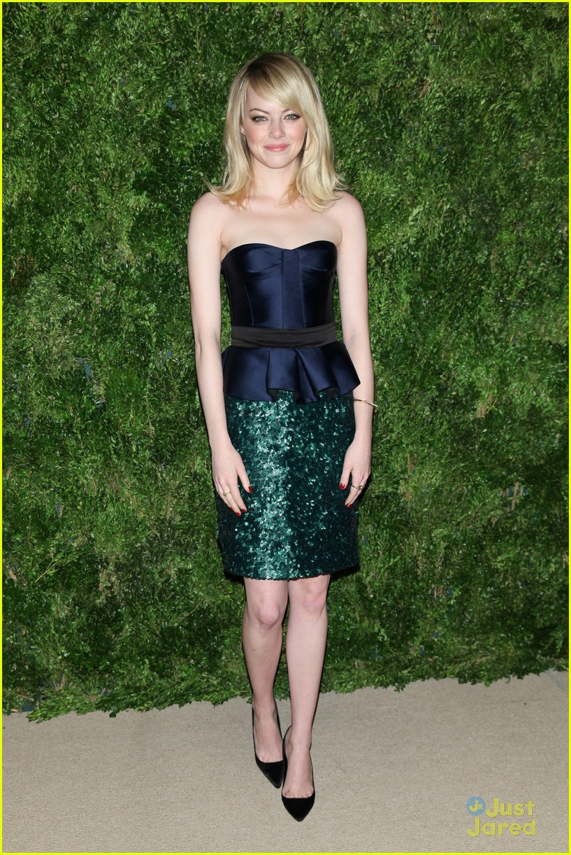 emma stone cfda fashion fund awards 17