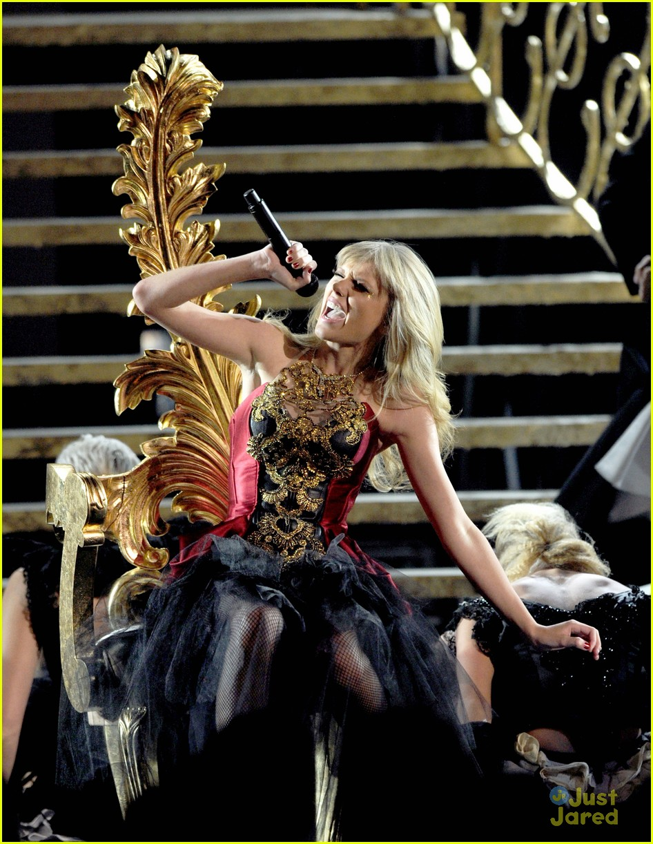 taylor swift trouble amas 08