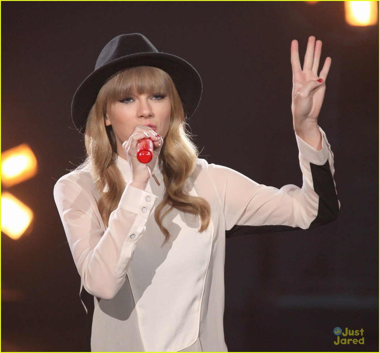 taylor swift x factor usa 11