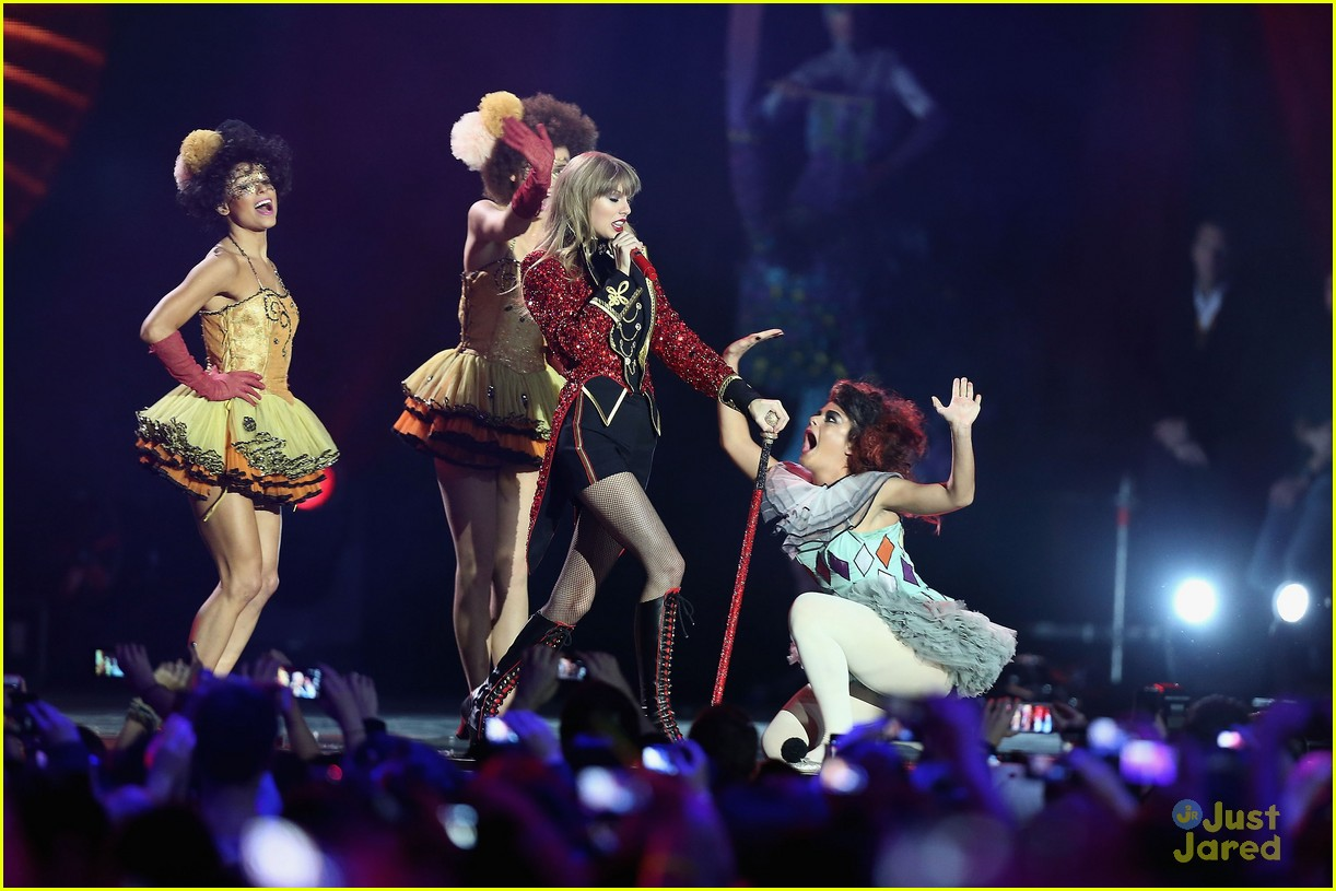 taylor swift 2012 mtv emas 09