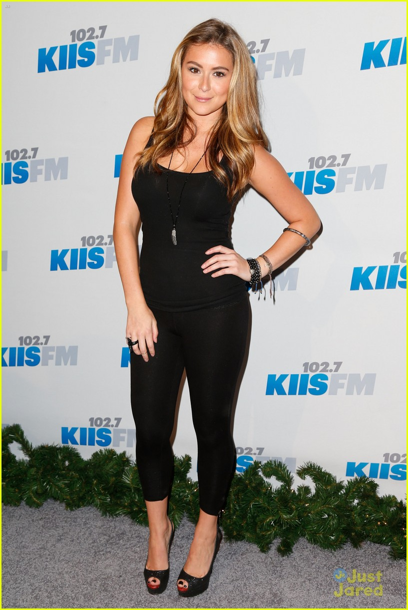 alexa vega jingle ball 01