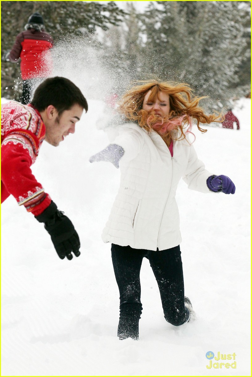 bella thorne tahoe snowball 03