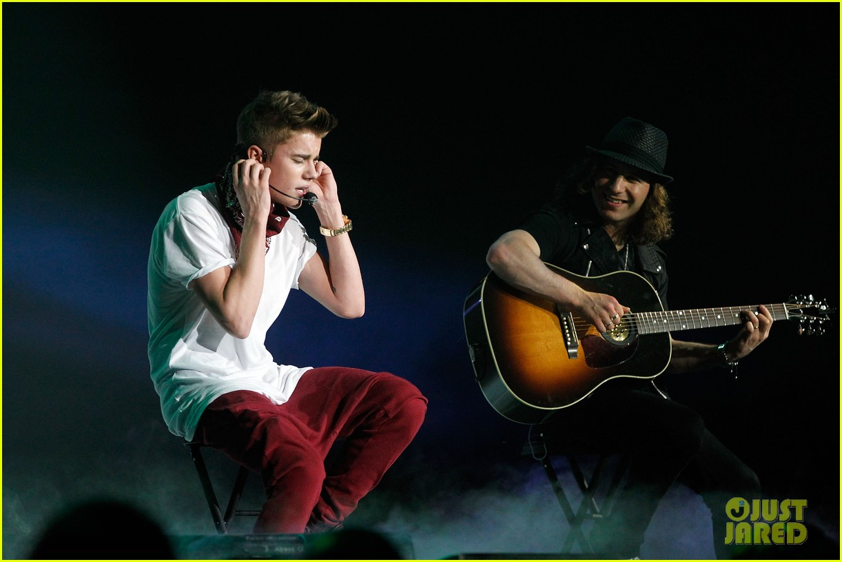 justin bieber 961 jingle ball 04