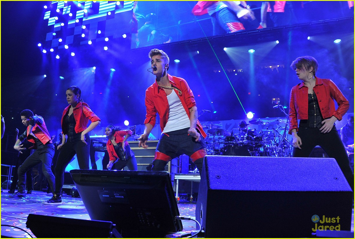 justin bieber z100 jingle ball 09