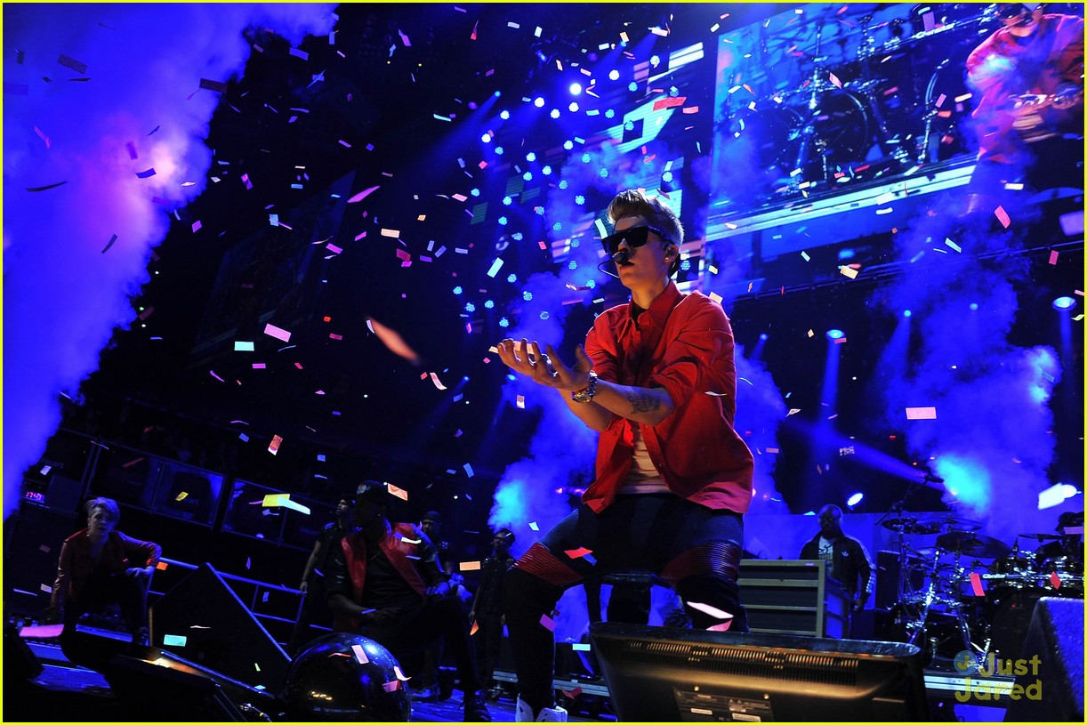 justin bieber z100 jingle ball 16