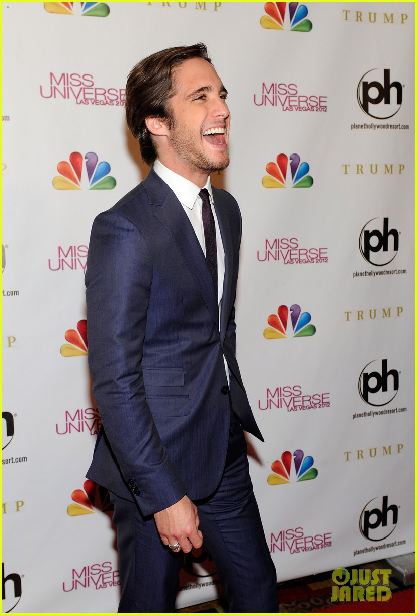 diego boneta miss universe judge 04