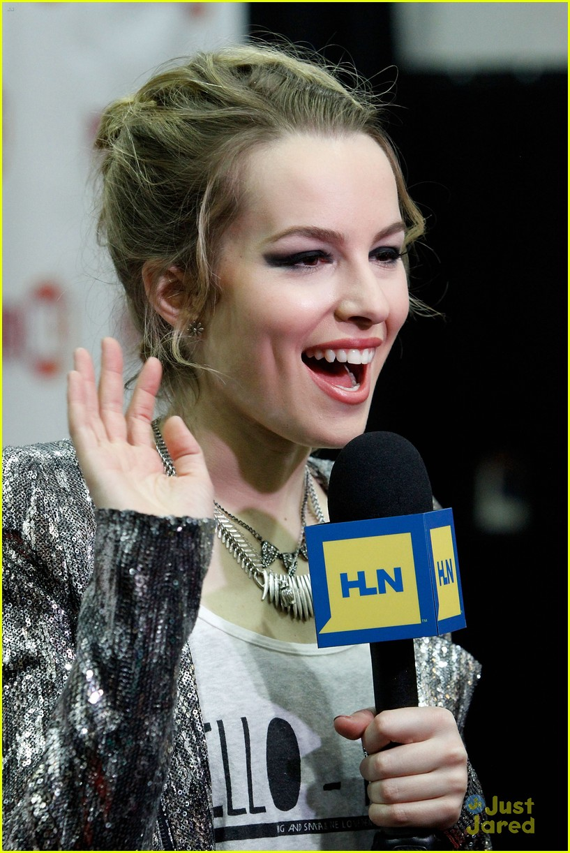 bridgit mendler power 961 jingle ball 25