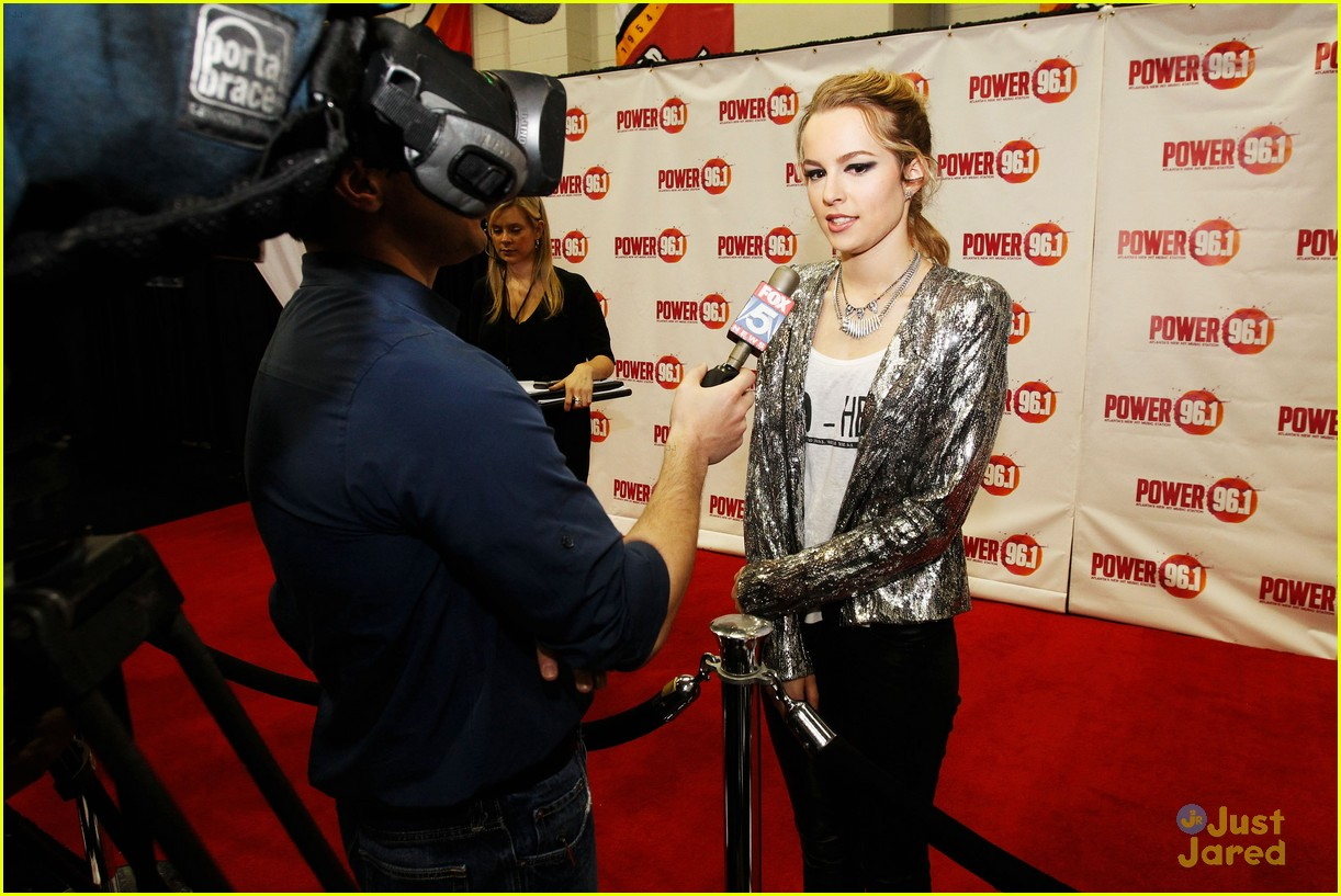 bridgit mendler power 961 jingle ball 37