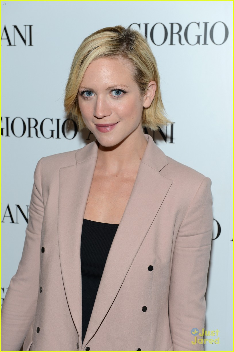 brittany snow kelsey chow armani event 02