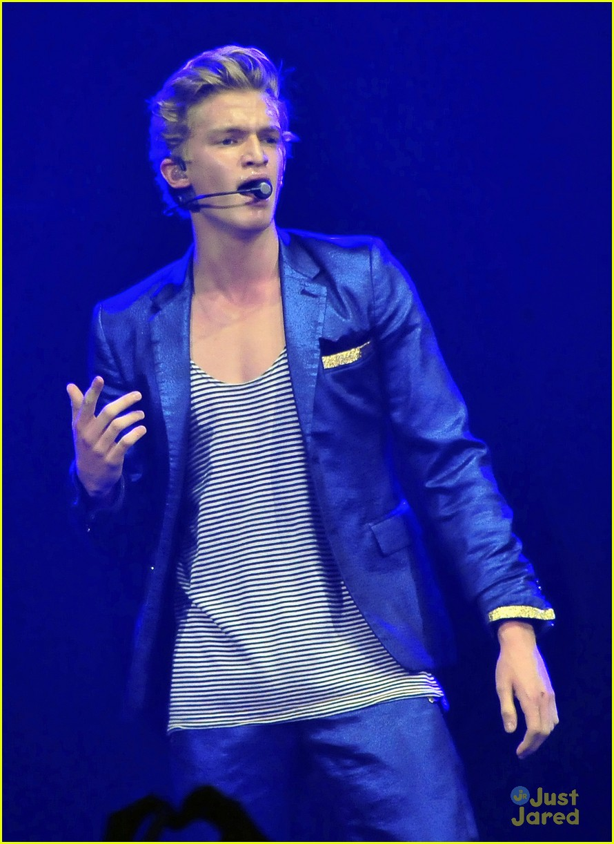 cody simpson b96 jingle bash 12
