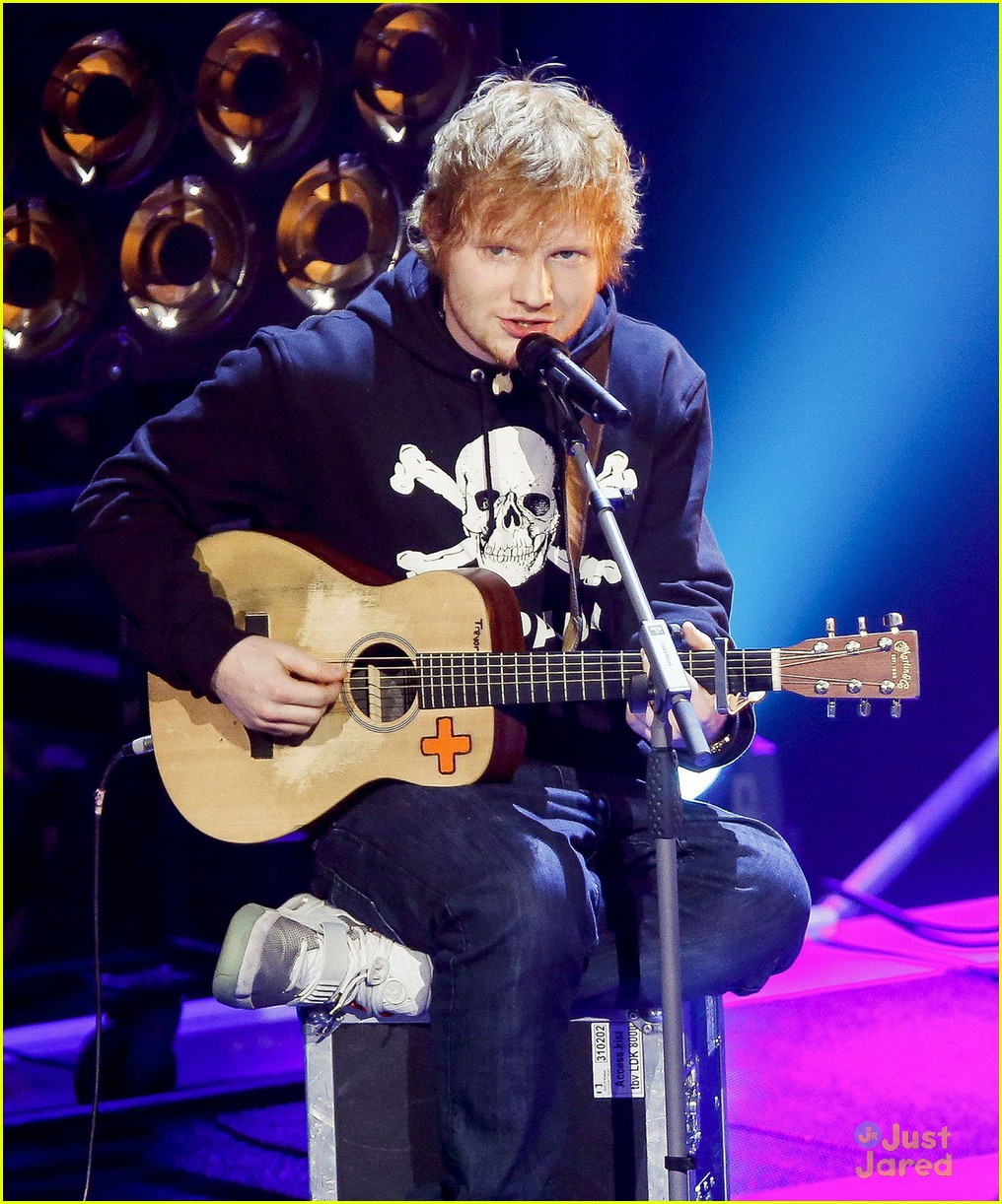 ed sheeran eyelar voice holland 04