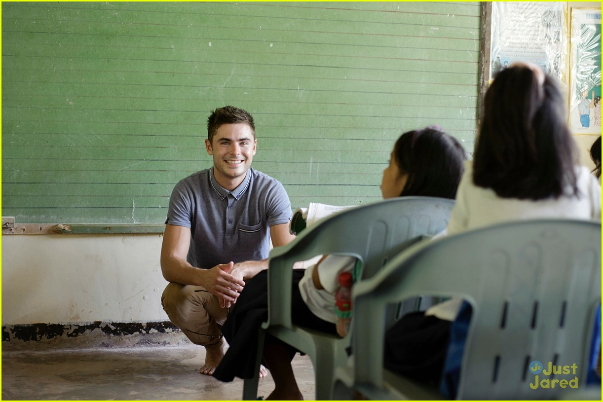 zac efron phillipines trip 07