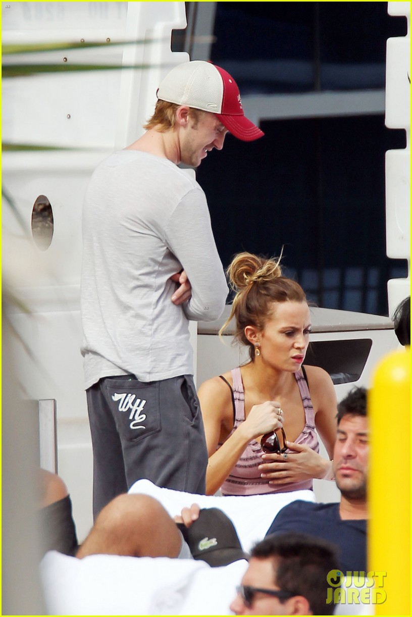 tom felton jade olivia lunch in miami 06