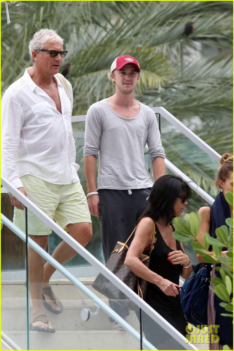tom felton jade olivia lunch in miami 11