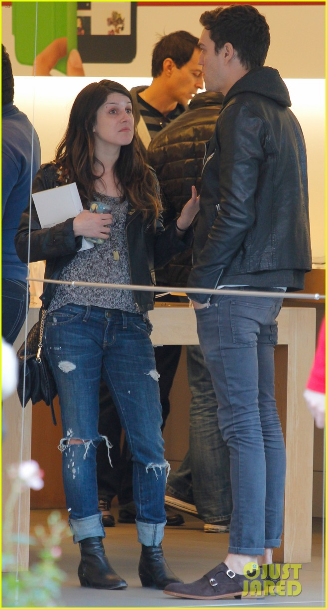shenae grimes josh beech matching couple 12