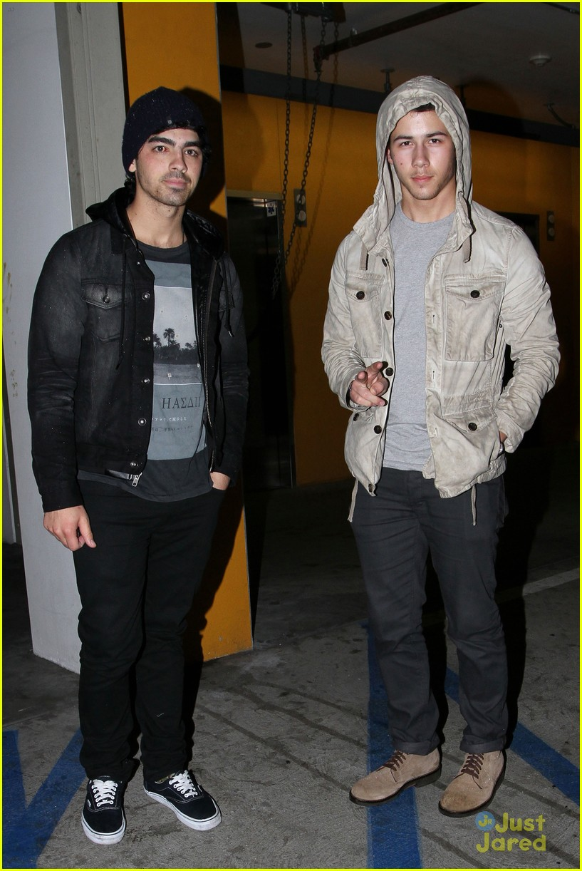joe nick jonas double date 01