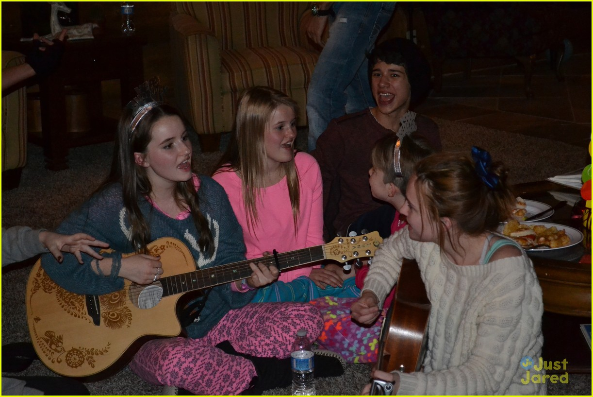 kaitlyn dever sweet 16 party pics 13