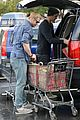 Liam-chris liam hemsworth shopping chris 07