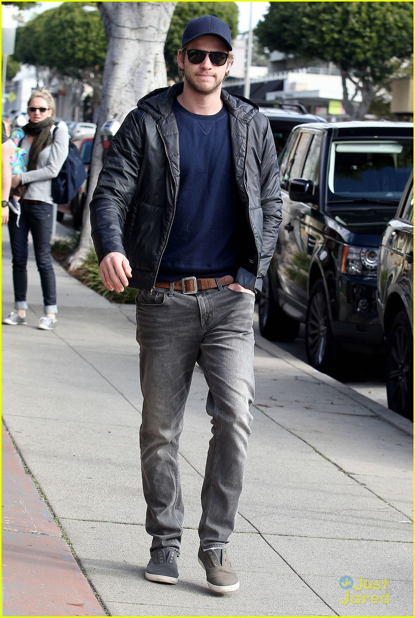 liam hemsworth kreation kafe 10