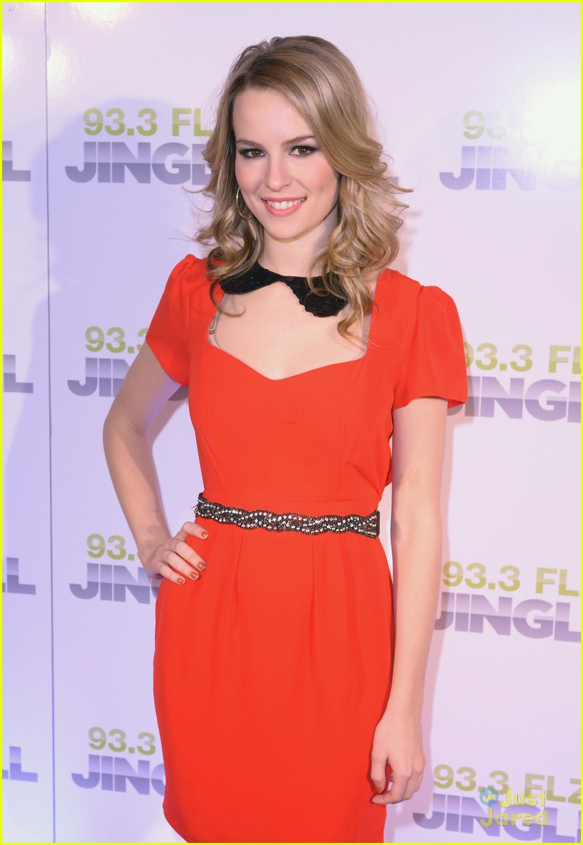 bridgit mendler tampa jingle ball 13