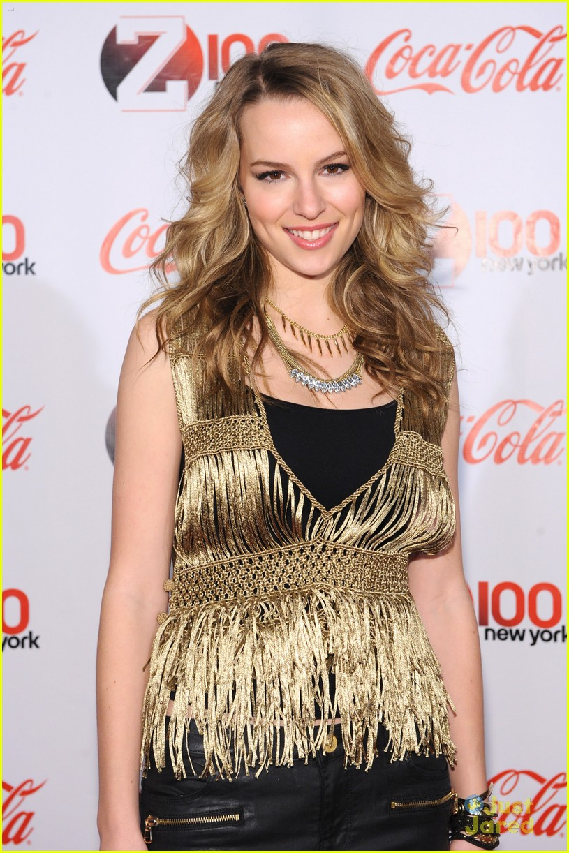 bridgit mendler z100 jingle ball 03