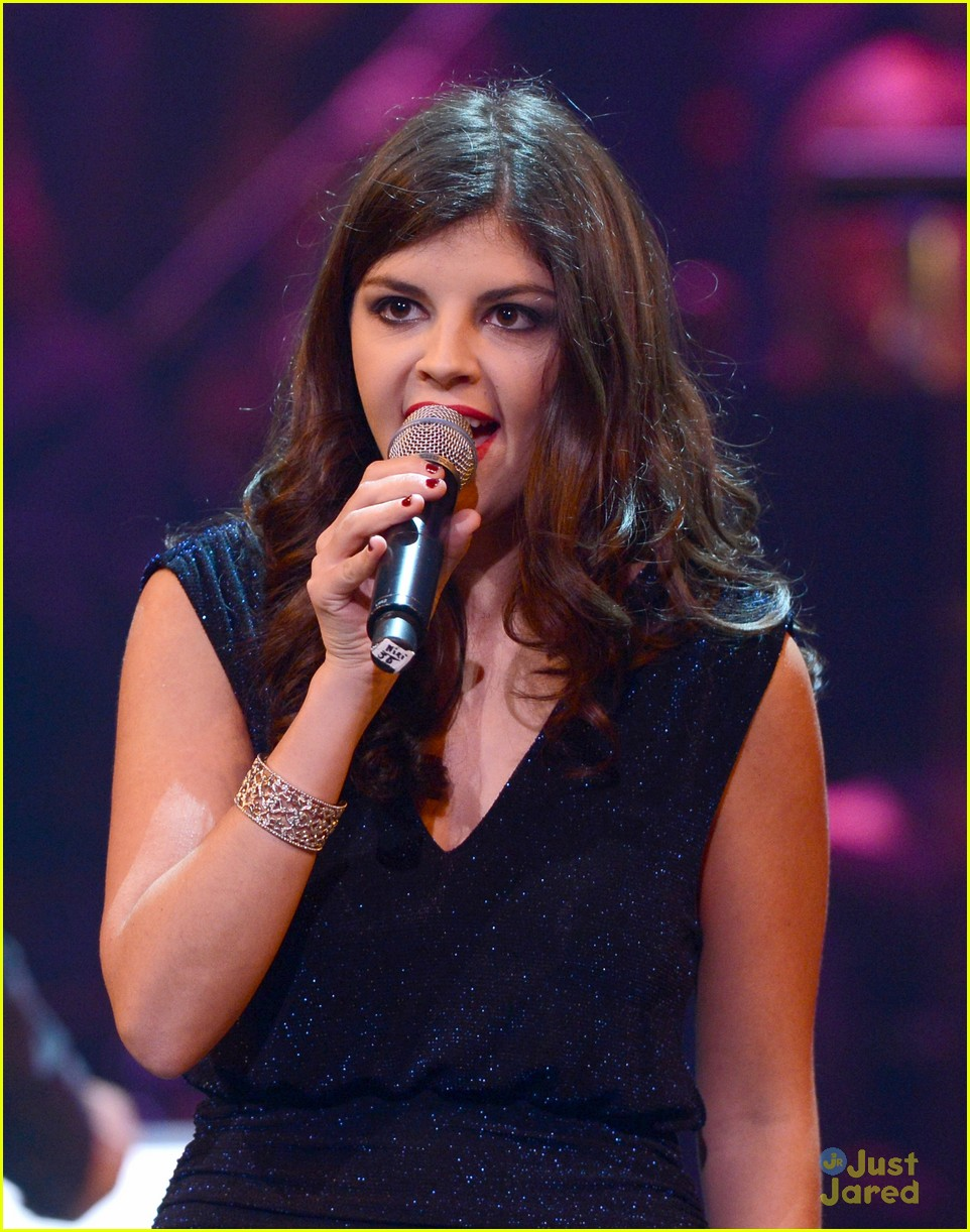 nikki yanofsky carole king tribute 14