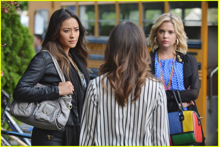pll winter premiere pics 06
